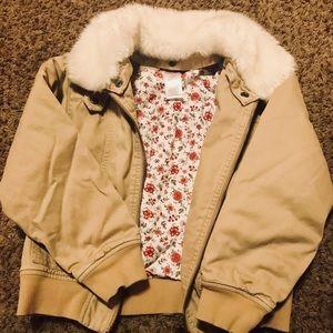 💕Gymboree Bomber Jacket w/fur collar size 8💕